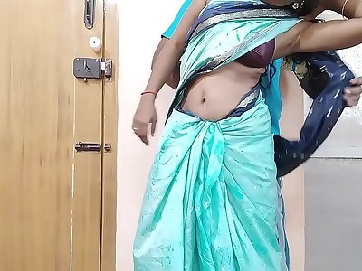 Horney Indian desi cheating wife enjoy sex with friend brother