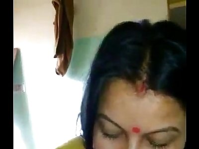 desi indian bhabhi blowjob and anal insertion into pussy - IndianHiddenCams.com